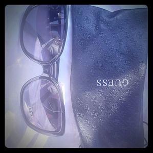 Ladies GUESS Sunglasses